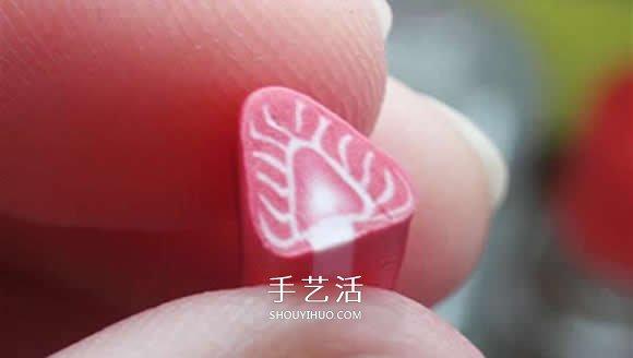 粘土草莓切片制作步骤图解 做一个超逼真蛋糕 -  www.shouyihuo.com