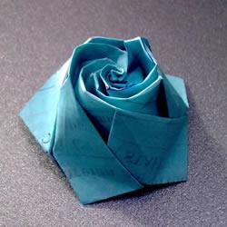 五瓣玫瑰花的折法图解 比川崎玫瑰更好看!
