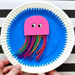 有趣的纸盘手工小制作 做一个会游动的水母!