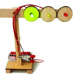 科技小制作:自制可以发光的红绿灯玩具方法