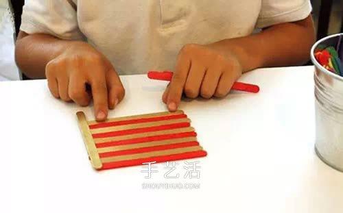 雪糕棍變廢為寶 DIY四方收納盒、筆筒的方法