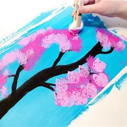 巧用棉花作画!幼儿手工樱花树贺卡制作方法