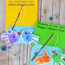 手掌印画小鱼 创意父亲节钓鱼贺卡的制作方法