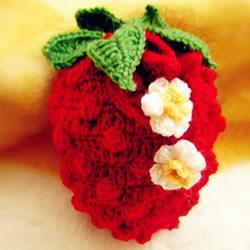 草莓零钱包的编织方法 钩针编织水果零钱包