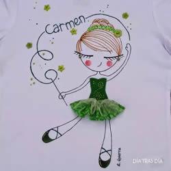 妈妈在女儿衣服上的创意画 小伙伴们都羡慕!