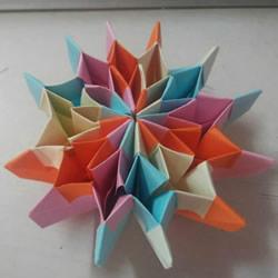 可以随意翻内翻外!变换纸花球折纸方法图解