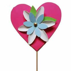 幼儿园母亲节手工制作 用卡纸手工做爱心花