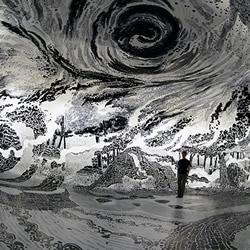掉入黑白漩涡!120支马克笔画出360度沉浸式装置
