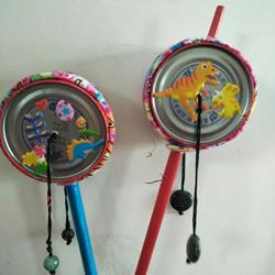 易拉罐罐底做拨浪鼓玩具 比买来的好100倍!