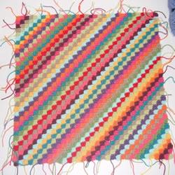 斜纹图案坐垫的编织方法 对角线钩针编织垫子