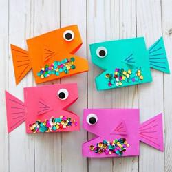 幼儿园手工做卡通小鱼 卡纸鱼手工制作图片