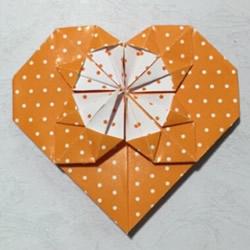 详细折纸教程:漂亮心花怒放的折法步骤图解