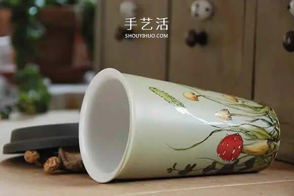 她們把家裡的杯碟畫成畫 將每一天都過成詩!