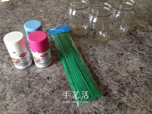 有心意的母亲节礼物 用玻璃瓶和卡纸做手掌花 -  www.shouyihuo.com