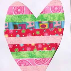 彩色胶带纸手工制作漂亮爱心卡片的方法