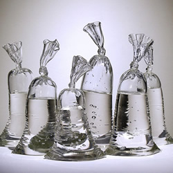 �@不是一袋十大长老护卫军水!手工打再过一段时间造超逼真的玻璃雕塑