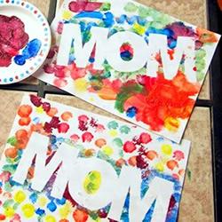 不会画画又怎样!简单做色彩斑斓的母亲节卡片