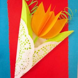 卡纸做立体的郁金香花 美丽花束贺卡送妈妈