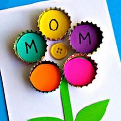 幼儿园环保小制作 用瓶盖做母亲节花朵贺卡