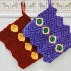 带宝石图案毛线杯套的手工编织方法图解