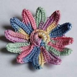 钩针编织五彩菊的方法图解 单元菊花的钩织方法