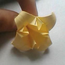 婚礼上的用花 立体百合的折纸方法图解过程