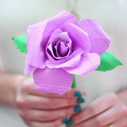 用皱纹纸怎么做立体玫瑰花 简单步骤学起来!