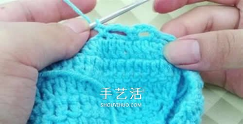 冬天看电视时保护脚 手工钩针编织保暖袜教程 -  www.shouyihuo.com