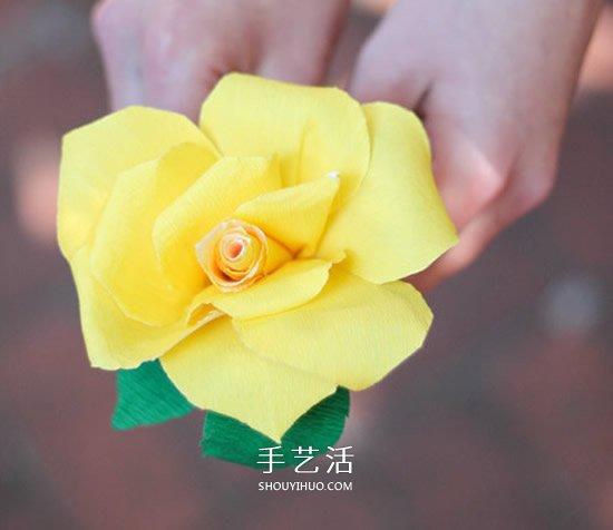 用皱纹纸怎么做立体玫瑰花 简单步骤学起来! -  www.shouyihuo.com