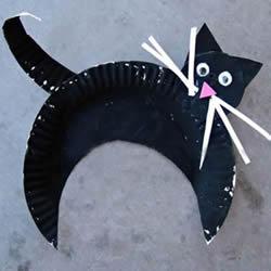 纸盘环保小制作 幼儿园手工做小黑猫的教程