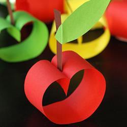 幼儿园手工苹果的做法 简单卡纸制作小苹果