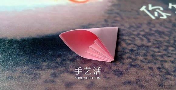 肯定学得会!超简单五瓣樱花的折纸方法步骤 -  www.shouyihuo.com