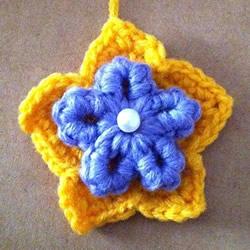 两层双色五瓣花的钩法 手工钩针编织五角星花