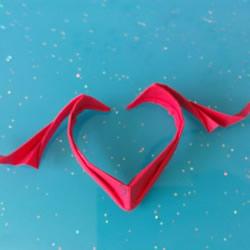自带翅膀会飞的心 手工折爱心翅膀的折法图解