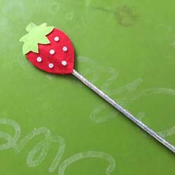 一点点不织布 自制可爱草莓魔法棒的方法