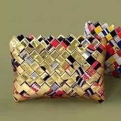 利乐包废物利用 手工做时尚手拿包的方法图解