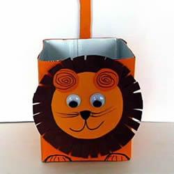 饮料盒废物利用 手工制作可爱的狮子收纳盒