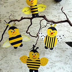 卡纸做可爱小蜜蜂 送给最勤劳的爸爸或妈妈!