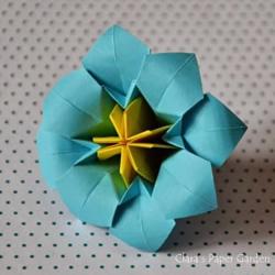 三张纸折八瓣花的折法图解 还能做成立体花球