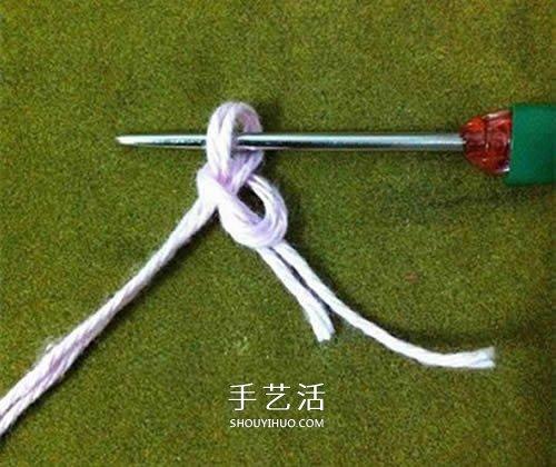 小巧可愛帶掛環 正方形杯墊的鉤針編織圖解