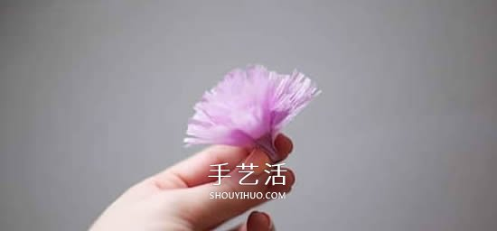 母亲节纸花手工制作 皱纹纸做康乃馨的教程 -  www.shouyihuo.com