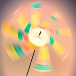 用纸杯做风车制作步骤 纸杯风车的做法图片
