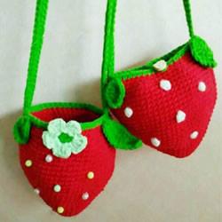 草莓包包的钩针编织 儿童可爱毛线包的编法