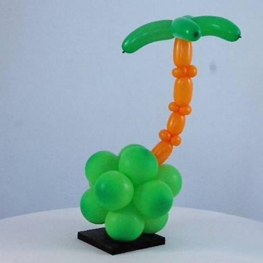 气球造型椰子树的做法 用气球手工制作椰子树