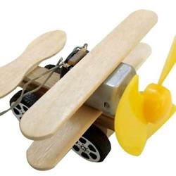自制电动马达滑翔机 用小马达做简单的飞机