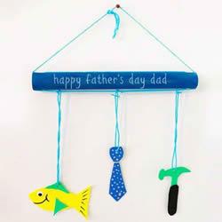 自制父亲节挂饰的做法 保鲜膜筒制作创意装饰