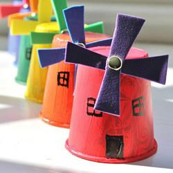 幼儿园手工风车的做法 纸杯制作简易风车教程