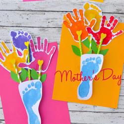 手掌脚掌印做卡片 创意有趣的母亲节贺卡DIY