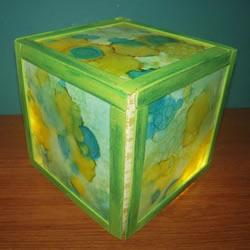 手工立方体灯笼的做法 雪糕棍制作灯笼的教程