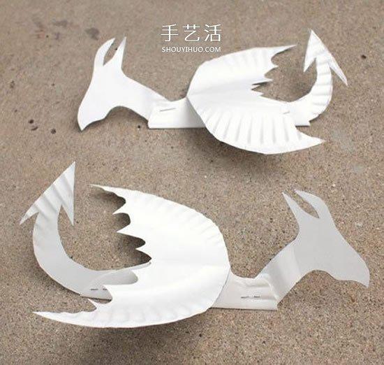幼兒廢物利用做紙盤火龍 簡單手工西方龍的做法